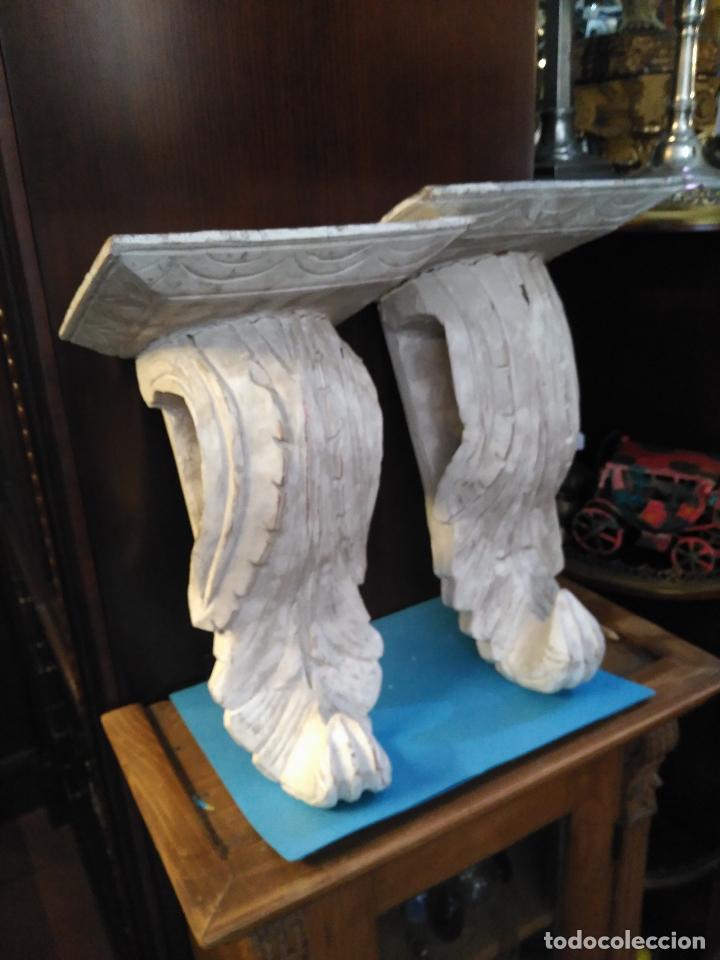 ANTIGUA GRAN PAREJA MENSULAS MADERA TALLADAS A MANO 22 X 19 X 36 CM ALTURA VENTA DIRECTA 350 EUROS (Antigüedades - Muebles Antiguos - Ménsulas Antiguas)
