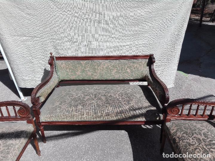 Antigüedades: TRESILLO ESTILO ISABELINO - AÑOS 40 - Foto 3 - 95740959