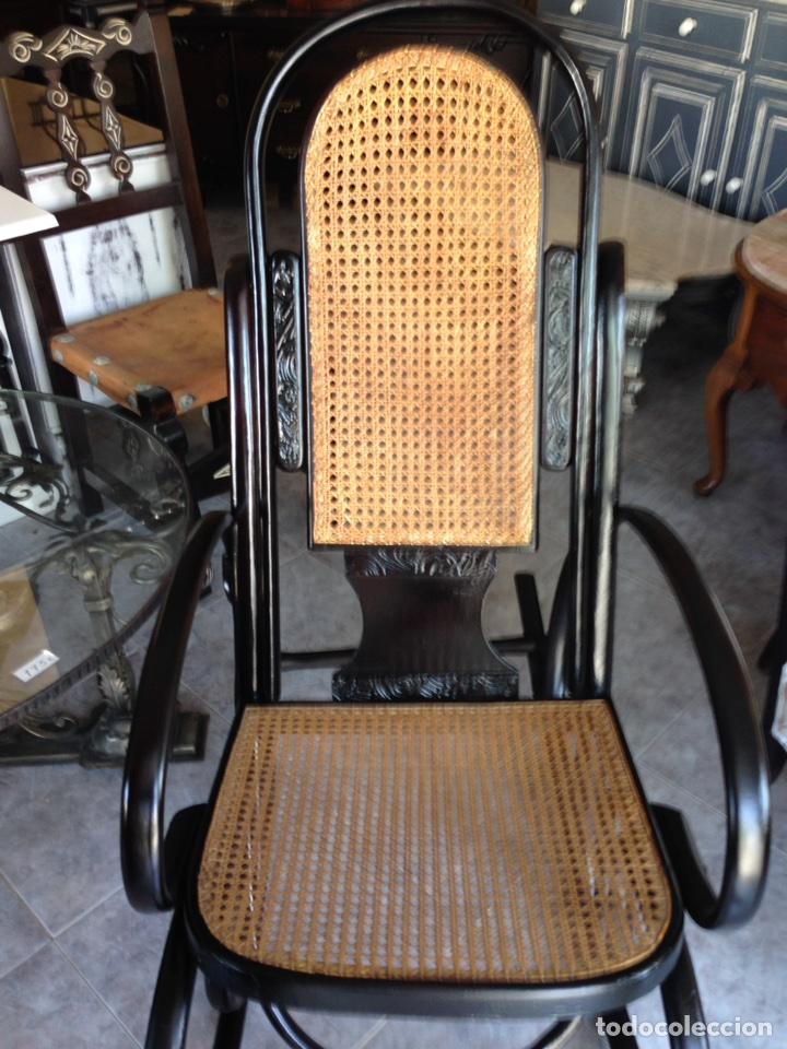 Antigüedades: Antiguo sillón mecedora Thonet - Foto 3 - 95754687