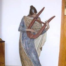 Antigüedades: GRAN FIGURA DE LLADRÓ LA MUSA LÍRICA. Lote 95787819