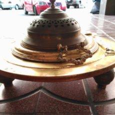 Antigüedades: ANTIGUO Y PRECIOSO BRASERO CON BADILA MEDIDAS 47 X 30 CM. Lote 95797275