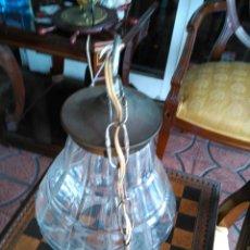 Antigüedades: ANTIGUA LAMPARA BRONCE Y CRISTAL ROCA TALLADO Y BISELADO GORDIOLA. Lote 95798835