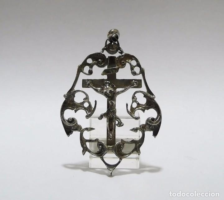 ANTIGUA MEDALLA CON ANILLA PARA COLGAR CRUZ CRUCIFIJO DE PLATA (Antigüedades - Religiosas - Crucifijos Antiguos)