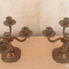 Antigüedades: 2 CANDELABROS PORTAVELAS DE ALPACA PLATEADA. Lote 96028379