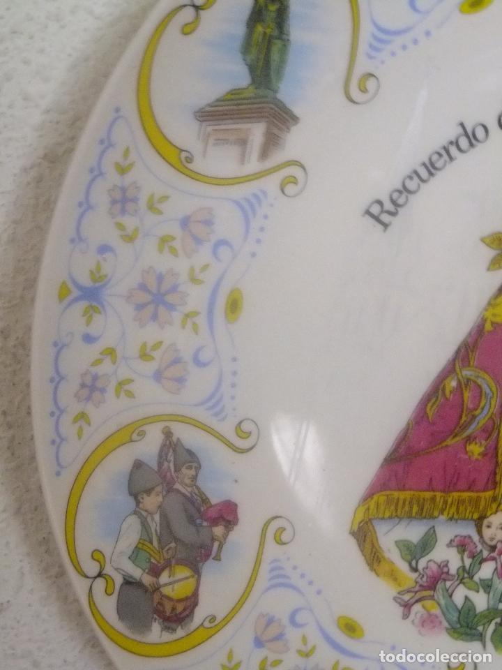 Antigüedades: Plato porcelana Recuerdo Asturias con Virgen de Covadonga y escenas asturianas. - Foto 4 - 96030099