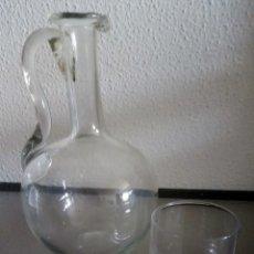 Antigüedades: BOTELLA CON VASO - VIDRIO SOPLANO - REF. 95. Lote 96030703