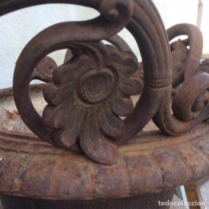 Antigüedades: Antiguo Jarrón de hierro colado - Foto 6 - 96038512