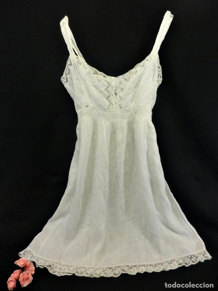 Tener cuidado de comprar colores y llamativos 5302 Precioso camisón de batista años 1900 para jovencita botonadura de  nácar