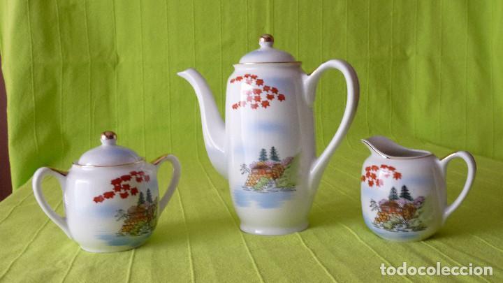 DELICADO JUEGO DE CAFÉ (12 SERVICIOS) DE PORCELANA JAPONESA EIHO GRADE A (Antigüedades - Porcelana y Cerámica - Japón)