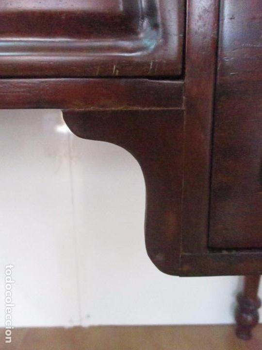 Antigüedades: Mesa de Despacho - Isabelina (Ditada) - Madera de Caoba - Tapete en Piel Verde, con Rivete -S. XIX - Foto 8 - 144070392