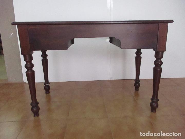Antigüedades: Mesa de Despacho - Isabelina (Ditada) - Madera de Caoba - Tapete en Piel Verde, con Rivete -S. XIX - Foto 18 - 144070392