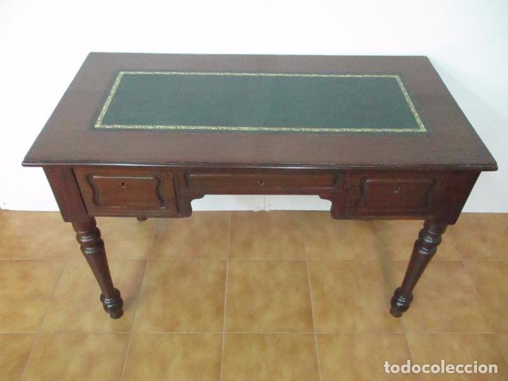 Antigüedades: Mesa de Despacho - Isabelina (Ditada) - Madera de Caoba - Tapete en Piel Verde, con Rivete -S. XIX - Foto 26 - 144070392