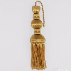 Antigüedades: BORLA EN FLECO DE CANUTILLO OSCURO DE 18CM CON 8 CM DE FLECO.. Lote 96190707