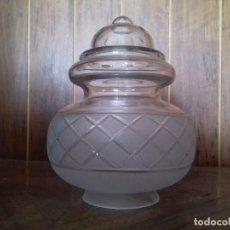 Antigüedades: ANTIGUA TULIPA DE CRISTAL TALLADO. 20 CM. DE ALTA. BOCA 7,5 CM.. Lote 96223867