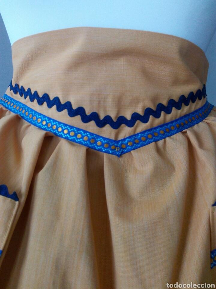 Antigüedades: Delantal juvenil indumentaria tradicional - Foto 2 - 96345460