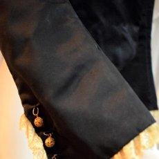 Antigüedades: CORPIÑO CUERPO TRAJE REGIONAL TIPO JUBON CON ENCAJE ANTIGUO EN PUÑOS. Lote 96362203