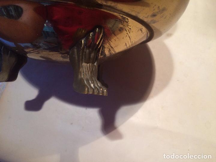 Antigüedades: Antigua maceta / macetero de latón / metal de los años 50-60 con patas - Foto 10 - 96384439