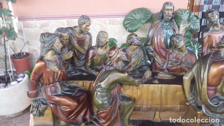 Antigüedades: ultima cena de jesus y peana en escayola - Foto 5 - 96400335