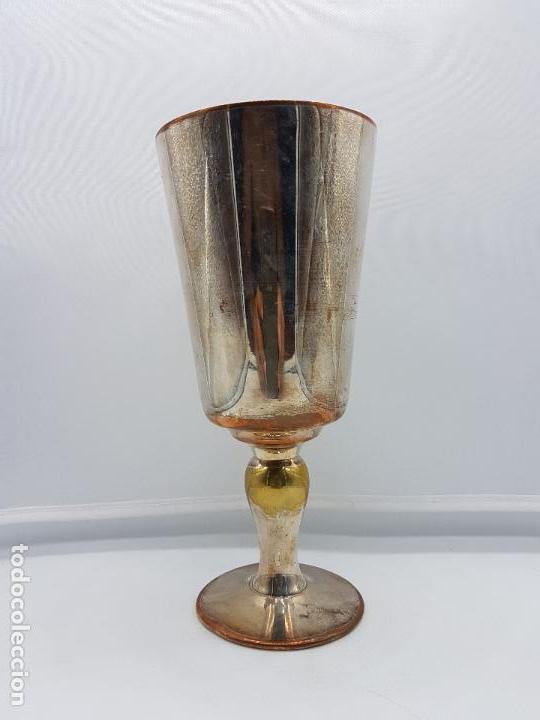 Antigüedades: Antigua copa o copón para agua de cobre con baño de plata. - Foto 2 - 96463335