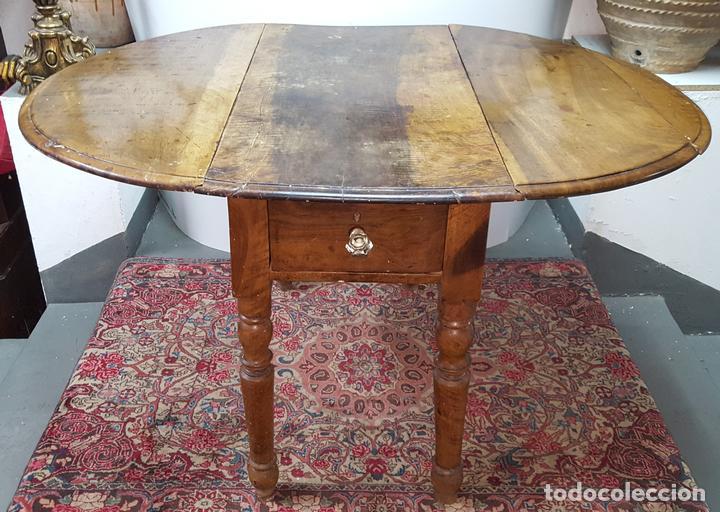 mesa de cocina con alas abatible. madera de nog - Comprar Mesas ...