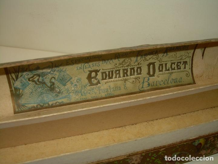 Antigüedades: ANTIGUO ABANICO DE MADERA CON PAN DE ORO DECORADO SOBRE SEDA..CON SU CAJA ORIGINAL....SIGLO XIX. - Foto 8 - 96542099