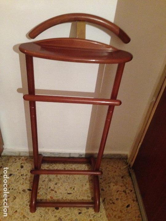 GALAN DE NOCHE EN MADERA Y METAL DORADO (Antigüedades - Muebles Antiguos - Auxiliares Antiguos)