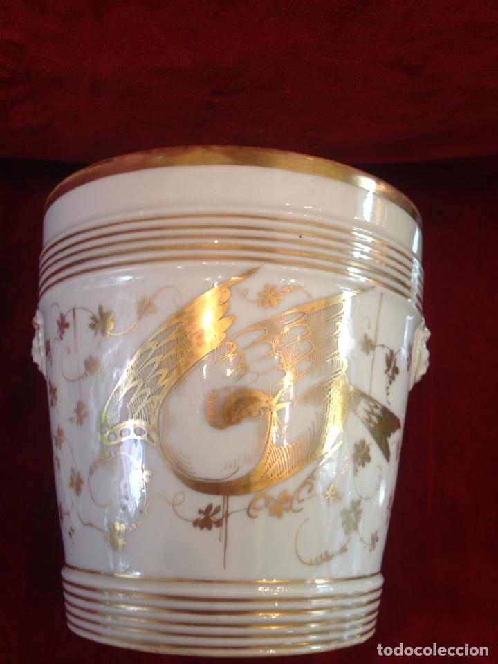 Antigüedades: Macetero de porcelana con base, siglo XIX - Foto 10 - 96584779