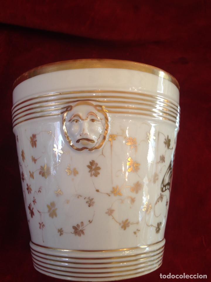 Antigüedades: Macetero de porcelana con base, siglo XIX - Foto 11 - 96584779