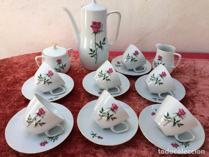 Antigüedades: JUEGO ANTIGUO DE CAFE EN PORCELANA DE BAVARIA SELLADO BAREUTHER - Foto 2 - 96592335
