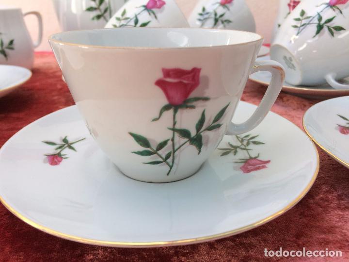 Antigüedades: JUEGO ANTIGUO DE CAFE EN PORCELANA DE BAVARIA SELLADO BAREUTHER - Foto 4 - 96592335
