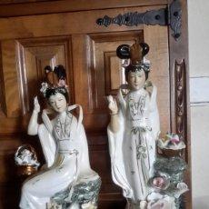 Antigüedades: ANTIGUA PAREJA DE PORCELANA CHINA. Lote 96594616