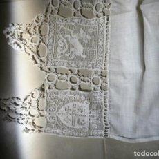 Antigüedades: COLGADURA O TAPETE MUY ANTIGUO. Lote 96597715