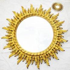 Antigüedades: DESCOMUNAL ESPEJO ANTIGUO VIP 130CM SOL TRIPLE MADERA DORADA AL PAN DE ORO VINTAGE ALTA DECORACION. Lote 96752151