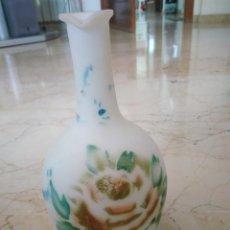 Antigüedades: BONITA JARRA DE OPALINA. AÑOS 20. 21 CM DE ALTURA.. Lote 96762423