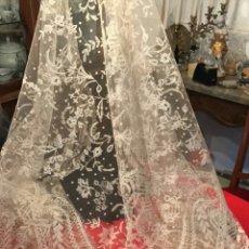 Antigüedades: MANTILLA DE ENCAJE DE BRUSELAS. Lote 96844148