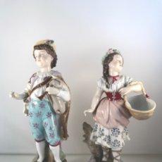 Antigüedades - Pareja Figura Porcelana Alemana Sin Sello Alemania 20 cm - 96853890