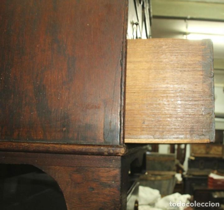 Antigüedades: CANTERANO EN MADERA DE ROBLE. ESTILO REINA ANA. INGLATERRA. CIRCA 1750. - Foto 12 - 57343570