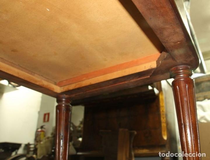Antigüedades: COMODA. MADERA DE CAOBA . ESTILO CARLOS IV. ESPAÑA. CIRCA 1820. - Foto 11 - 57344166