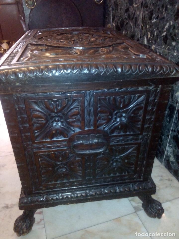 Antigüedades: ARCÓN TALLADO ROBLE - Foto 4 - 95390871
