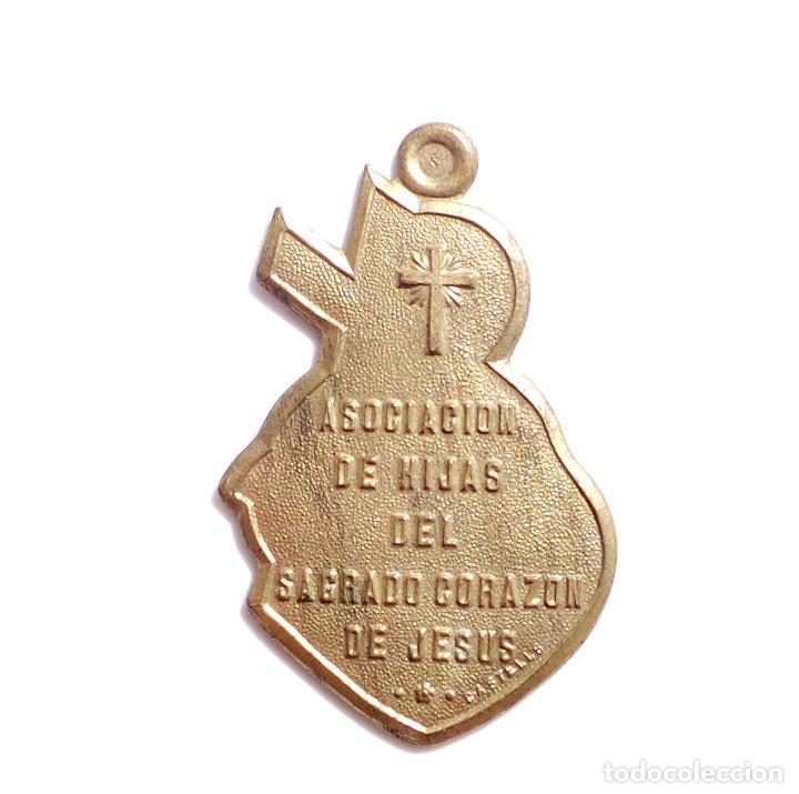 ASOCIACIÓN DE HIJAS DEL SAGRADO CORAZÓN DE JESUS - FABRICADO POR CASTELLS (Antigüedades - Religiosas - Medallas Antiguas)