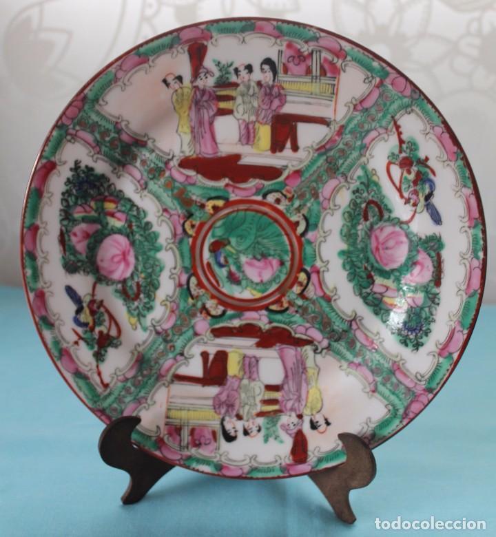 PLATO DECORATIVO PORCELANA CHINA-PINTADO A MANO (Antigüedades - Porcelana y Cerámica - Japón)