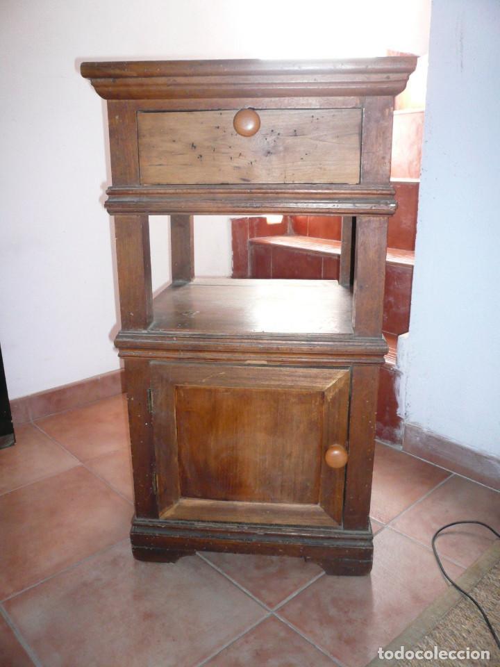 Antiguo mueble para prensa de libros comprar muebles for Muebles para libros