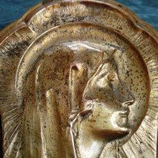 Antigüedades: ANTIGUA Y PRECIOSA PLACA MODERNISTA – VIRGEN - PLANCHA RELIGIOSA - LATÓN REPUJADO – VIRGO FIDELIS. Lote 96962275