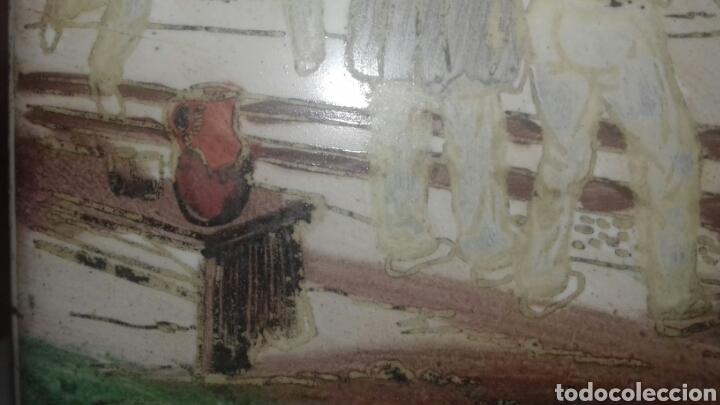 Antigüedades: Muy antiguo azulejo con obra JOSE ARRUE Pintado a mano Años 40 Firma ilegible Pais Vasco - Foto 4 - 97009163