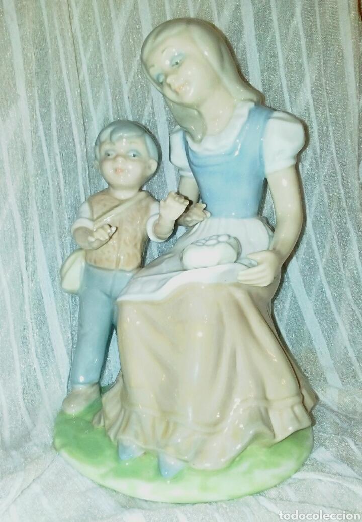Antigüedades: Figura de porcelanas Tengra Valencia. Niños pastores. - Foto 2 - 97042899