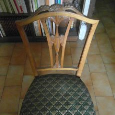 Antigüedades: 2 SILLAS DE MADERA TAPIZADAS DE RECIBIDOR. Lote 97052707