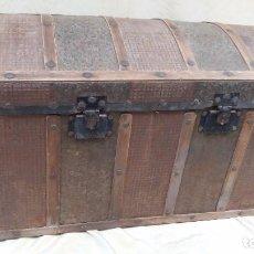 Antigüedades: BAUL DE CHAPA Y MADERA-. Lote 97124223