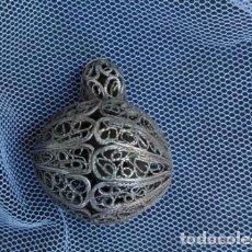 Antigüedades: ANTIGUO SONAJERO DE PLATA EN FILIGRANA. Lote 97139454