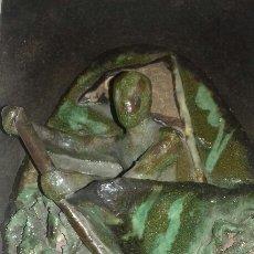 Antigüedades: ESCULTURA TRAINERA EN LA ZIABOGA CERAMICA ARTESANAL PAIS VASCO TRAINERAS. Lote 97168028