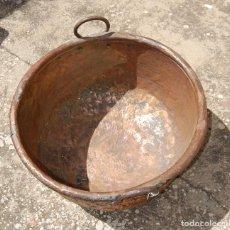 Antigüedades: CALDERO GRANDE DE COBRE MUY ANTIGUO LAÑADO. Lote 97172779